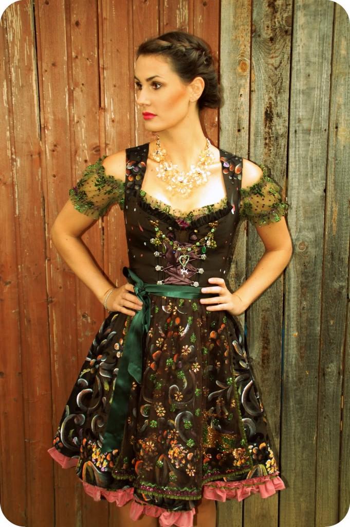 LolaPaltinger_Wiesn_Dirndl_Tracht_Oktoberfest_München_Couture_Fashion42