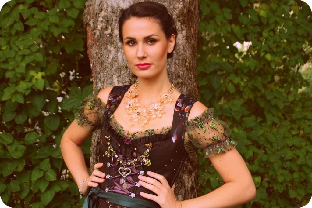 LolaPaltinger_Wiesn_Dirndl_Tracht_Oktoberfest_München_Couture_Fashion46