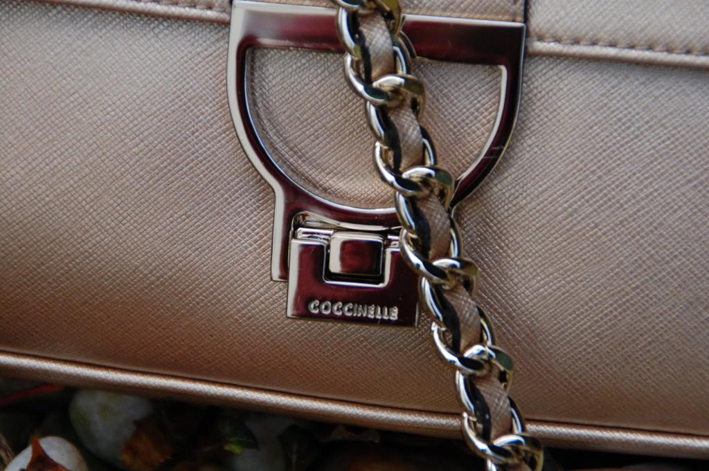 Taschen_Coccinelle_Fashion_Handbags_Clutch_Partybag_Details50