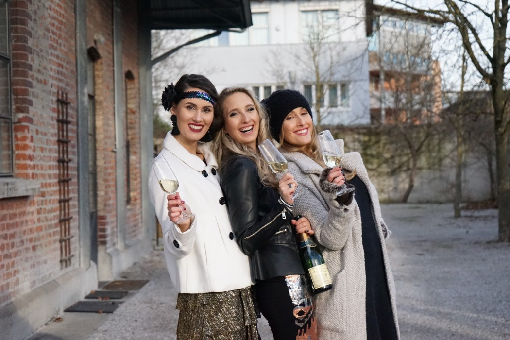 Silvester_Fashion_Makeup_Glamour_Neujahr_Happy_New_Year_Sekt_Friends_Love24