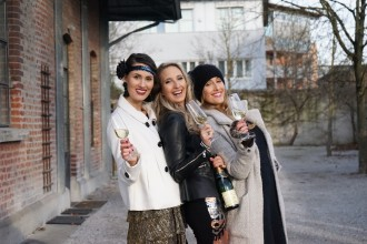 Silvester_Fashion_Makeup_Glamour_Neujahr_Happy_New_Year_Sekt_Friends_Love24
