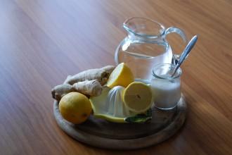 Ingwersirup_Sirup_DIY_Hausgemacht_Selbstgemacht_Kochen_Drink_Limonade_Tee1