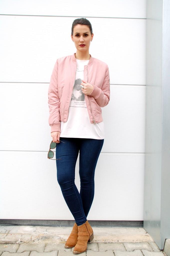 Bomberjacke_Blouson_Fashion_Mode_Bomberjacket_Jacke_Street_Style17