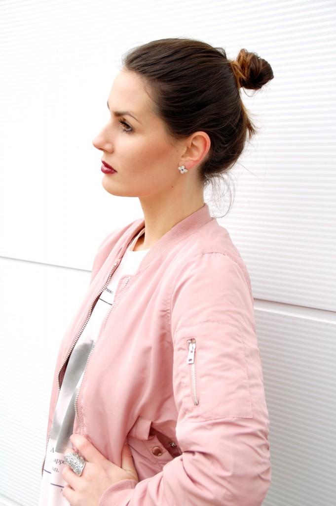Bomberjacke_Blouson_Fashion_Mode_Bomberjacket_Jacke_Street_Style19