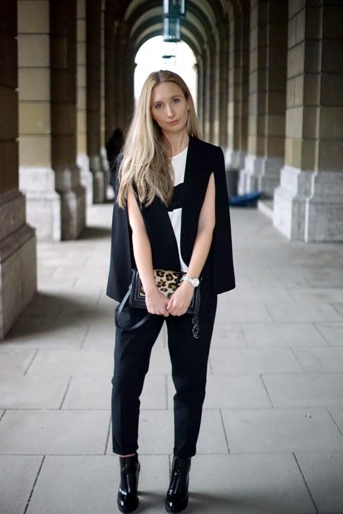 Fashion_Black_White_Minimalistic_Spring_Mode_München14