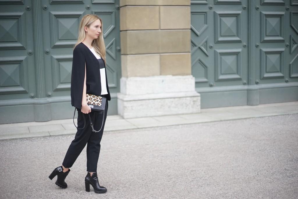 Fashion_Black_White_Minimalistic_Spring_Mode_München2
