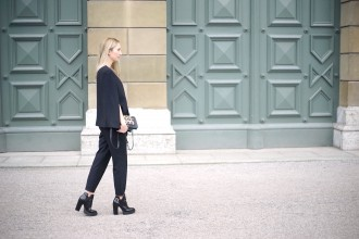 Fashion_Black_White_Minimalistic_Spring_Mode_München3