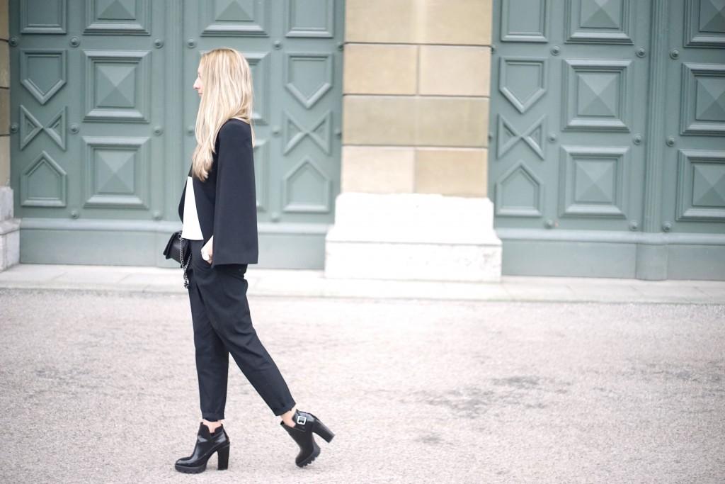 Fashion_Black_White_Minimalistic_Spring_Mode_München7