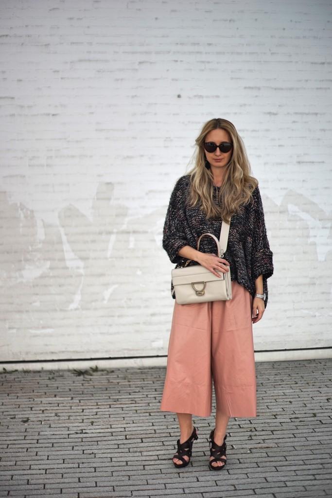 Culottes_Hosenrock_weit_Hose_Kniebundhose_Style_Fashion_Blogger_Fashionblogger_Spring_Essentials2
