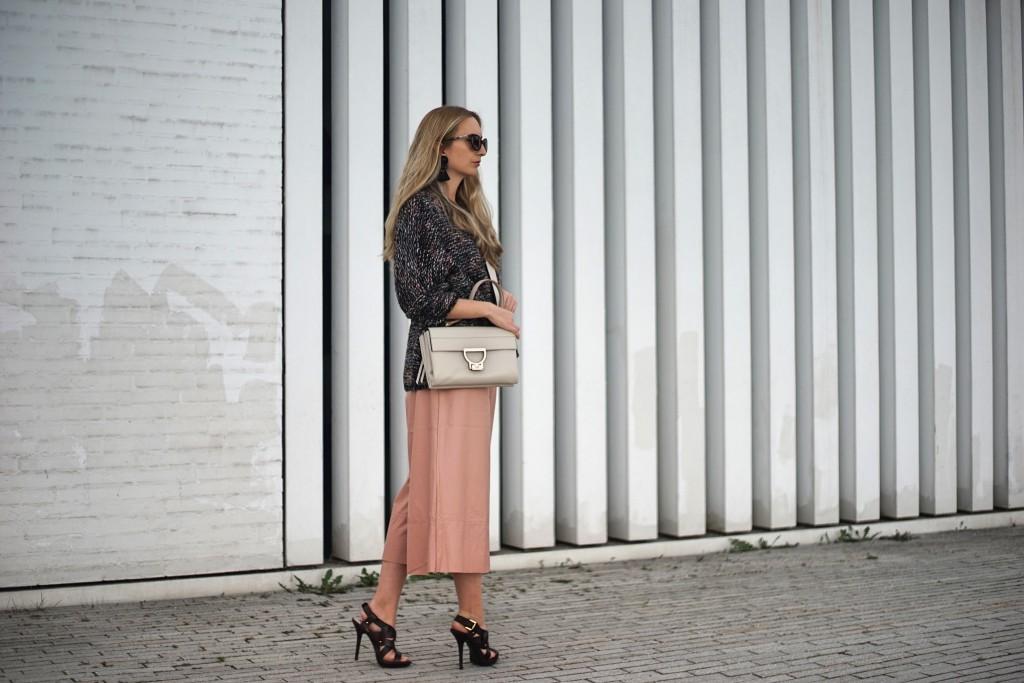 Culottes_Hosenrock_weit_Hose_Kniebundhose_Style_Fashion_Blogger_Fashionblogger_Spring_Essentials6