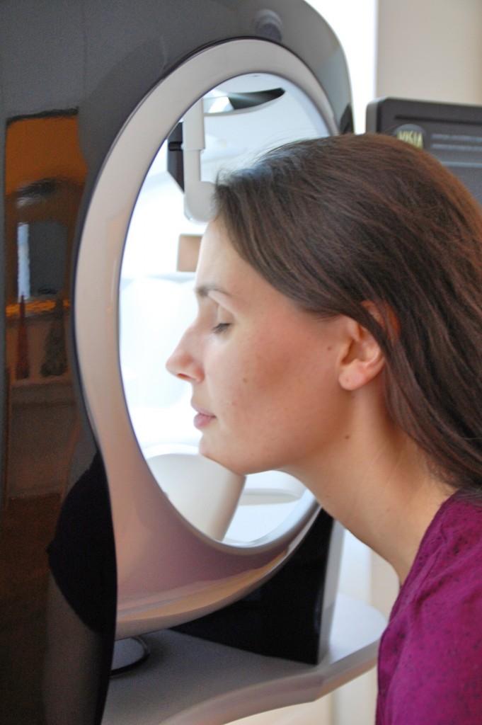 JetPeel_Beauty_Behandlung_Treatment_Hyaloronsäure_Faltenreduktion_Akne3
