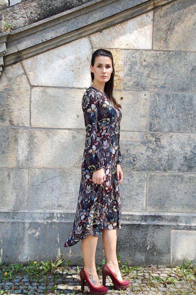Midikleid_Midi_Fashion_Dress_Kleid_Vintage_Blumenprint_Muster_Blumenkleid1