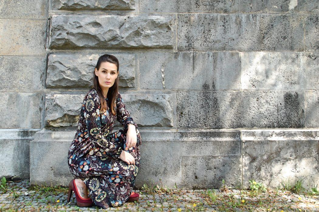 Midikleid_Midi_Fashion_Dress_Kleid_Vintage_Blumenprint_Muster_Blumenkleid10