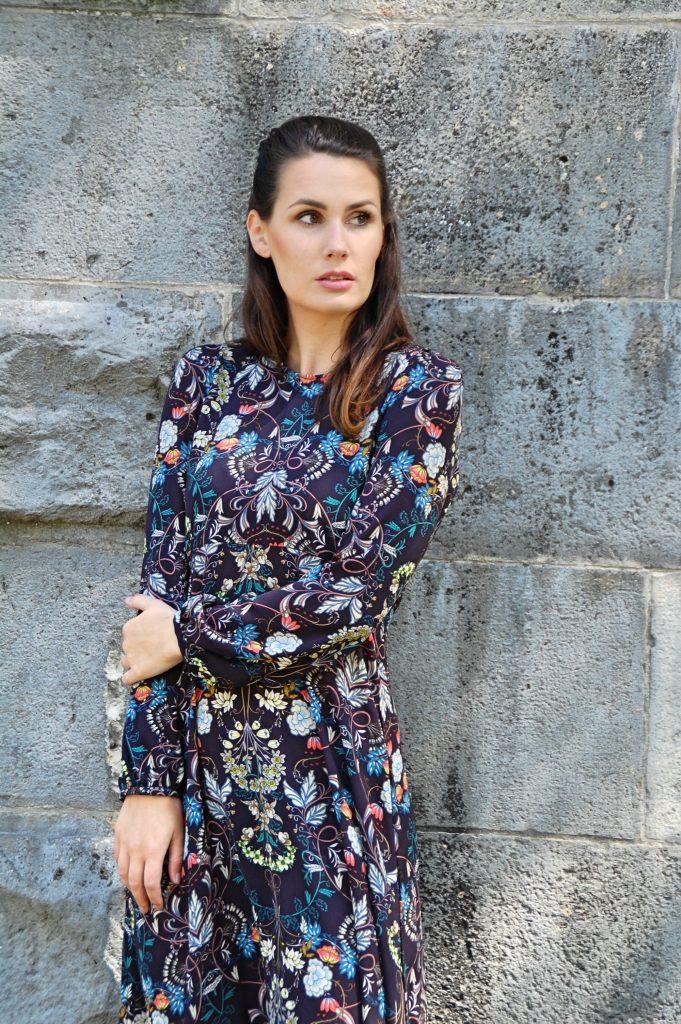 Midikleid_Midi_Fashion_Dress_Kleid_Vintage_Blumenprint_Muster_Blumenkleid4