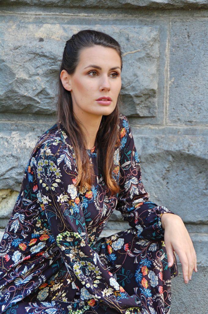 Midikleid_Midi_Fashion_Dress_Kleid_Vintage_Blumenprint_Muster_Blumenkleid8