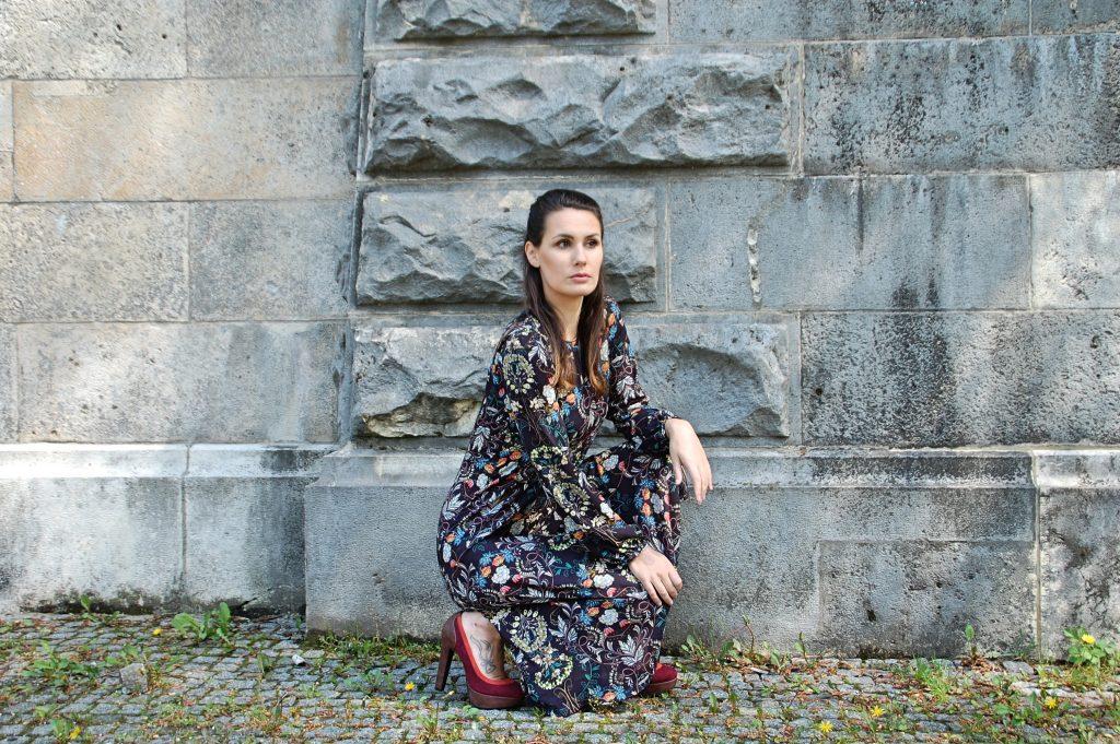 Midikleid_Midi_Fashion_Dress_Kleid_Vintage_Blumenprint_Muster_Blumenkleid9