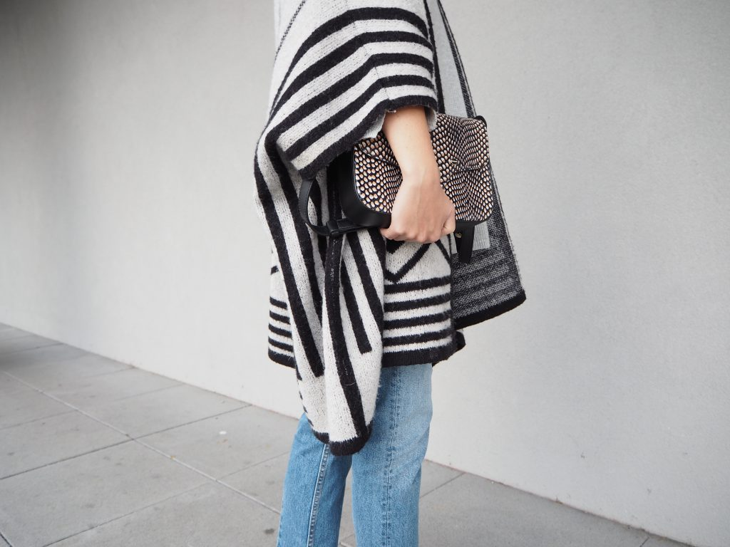 Poncho_Knit_Trend_Fashion_Fall_Denim9.jpg