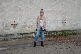 Fake_Fur_Denim_Casual_Look_Outfit_Volants_4