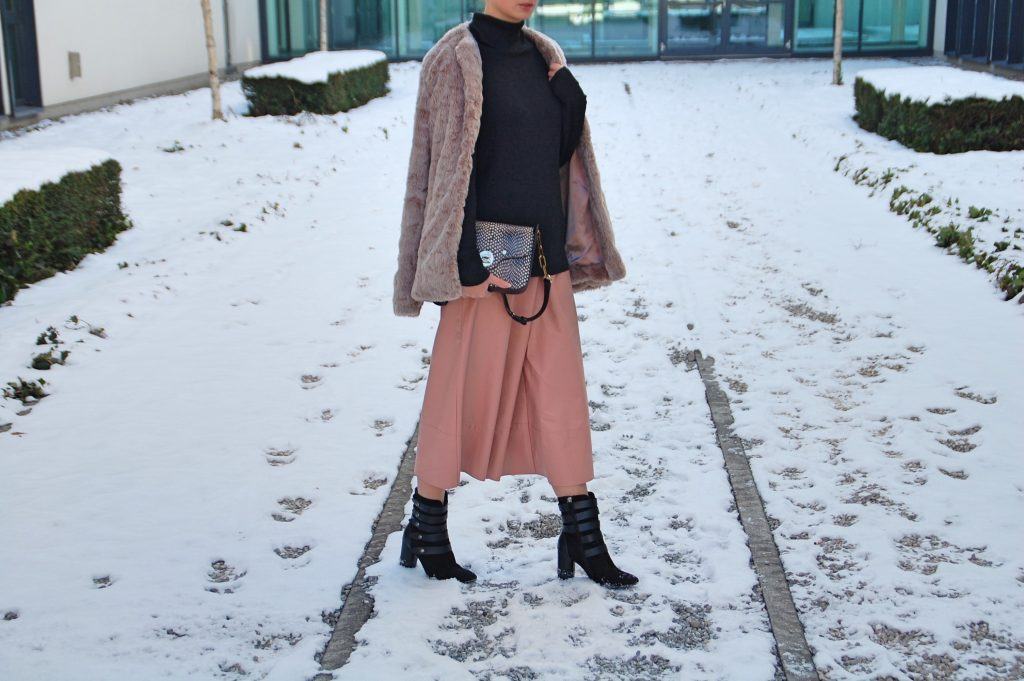 Culottes_Fashion_Fashionblog_Outfit_Style_Trend3_Fotor